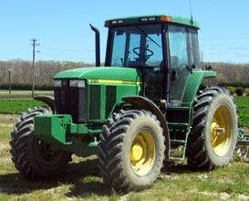 Photo of Green Tractor - Click to enlarge