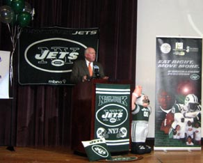 Photo of Secretary Kuperus at PCTI with Jets