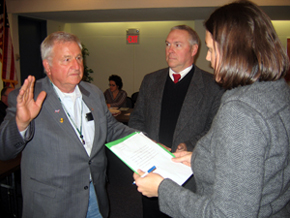 Photo of Andrew Borisuk being sworn in as a State Board of Agriculture member