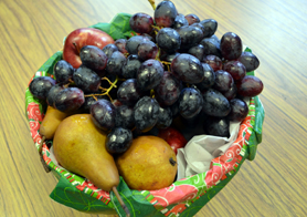Photo of a fruit bowl - Click to enlarge