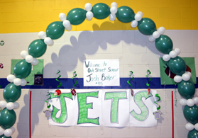 Photo of Oak Street School Jets decorations - Click to enlarge