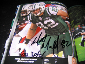 Photo of Matthew Mulligan autograph in Jets Program at Eat Right, Move More event - Click to enlarge