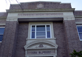 Photo of Linden High School - Click to enlarge