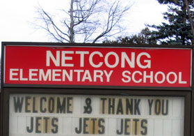 Photo of Netcong Elementary School Sign - Click to enlarge