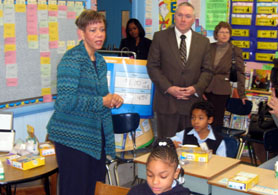 Photo of Yvette Jackson and Al Murray at Harriet Tubman School - Click to enlarge
