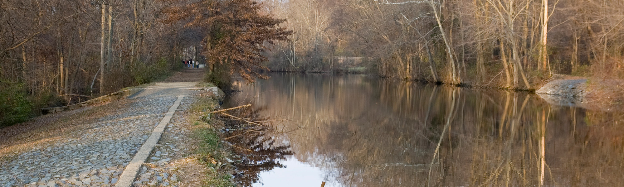 Photo of the Delaware and Raritan Canal