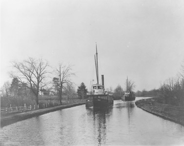 It has been written that the uniqueness of the Delaware and Raritan Canal lay in the wide variety of vessels that used it.  No single type of vessel is associated with the canal, although after the 1850s, small steam-powered tugs and freighters predominated.  The canal's width, depth and unlimited clearance encouraged a variety of high mast vessels with a carrying capacity of several hundred tons.  The canal also pioneered the introduction of steam powered vessels.  In 1839, the Robert F. Stockton (renamed the New Jersey), was built in England for the Delaware and Raritan Canal Company.  It was the first iron hull vessel to cross the Atlantic, and the first commercially successful propeller-driven vessel in America.