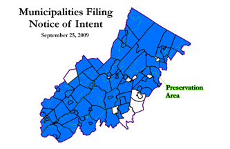 Municipalities in dark blue intend to comply with the Regional Master Plan; click for larger map